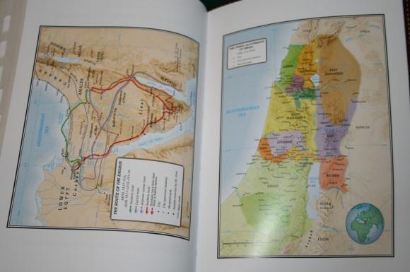 Holman Hand Size Giant Print Reference Bible KJV 054