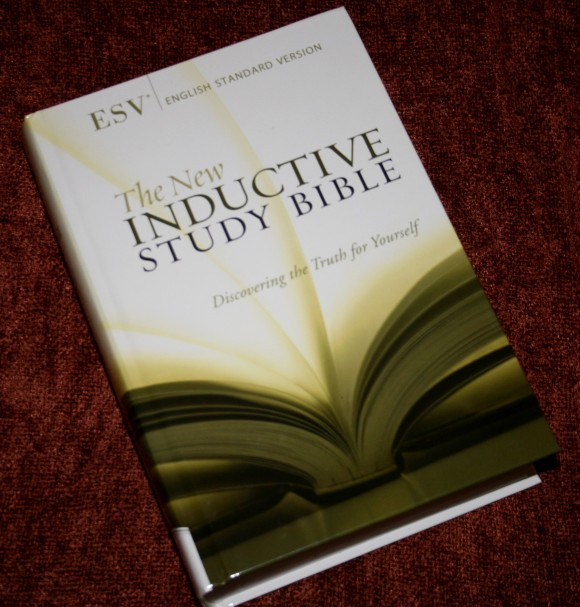 The New Inductive Study Bible ESV 001