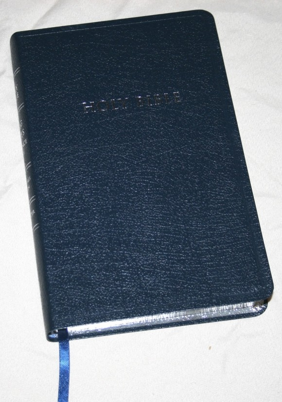 Zondervan King James Reference Bible Center-Column with Thumb In 003