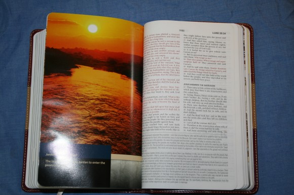 The KJV Study Bible Barbour Publishing 006