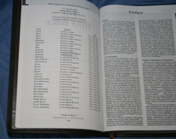 Holman NKJV Large Print Ultrathin Bible 010