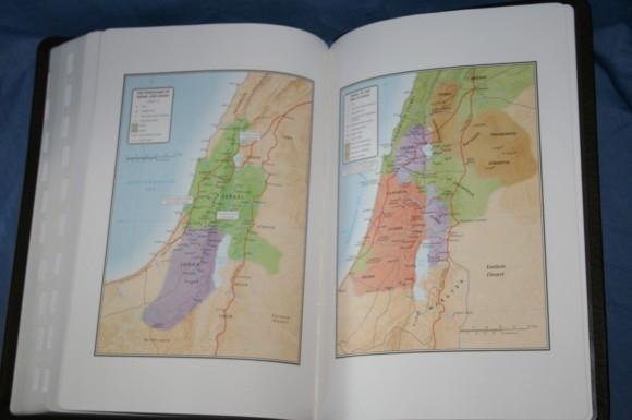 Holman NKJV Large Print Ultrathin Bible 021