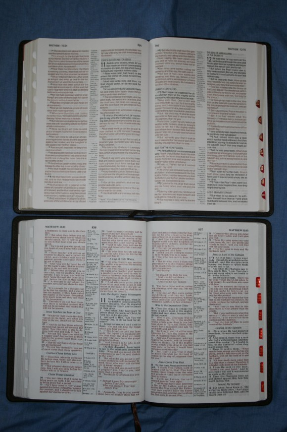 Holman NKJV Large Print Ultrathin Bible 028