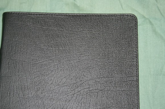 Holman KJV Ministers Bible in Black Top Grain Cow Hide (4)