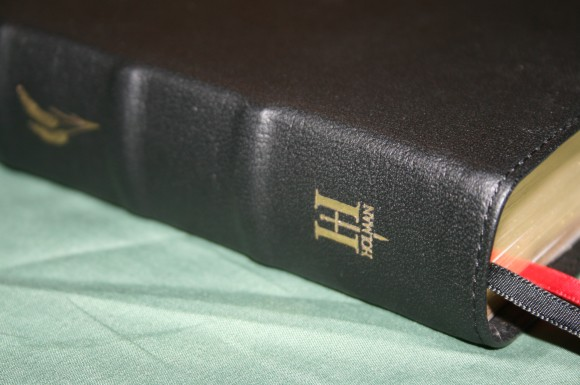 Holman KJV Ministers Bible in Black Top Grain Cow Hide (5)