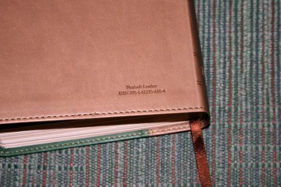 Hendrickson Personal Size Giant Print Reference Bible KJV (15)