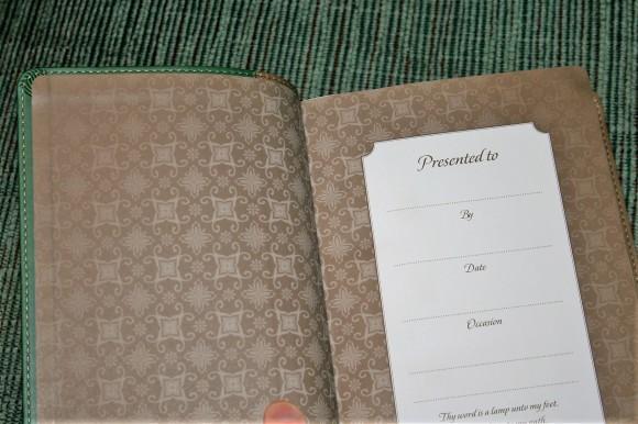 Hendrickson Personal Size Giant Print Reference Bible KJV (4)