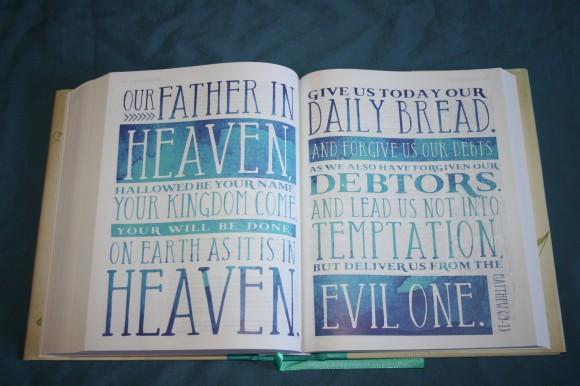 NIV Beautiful Word Bible (17)