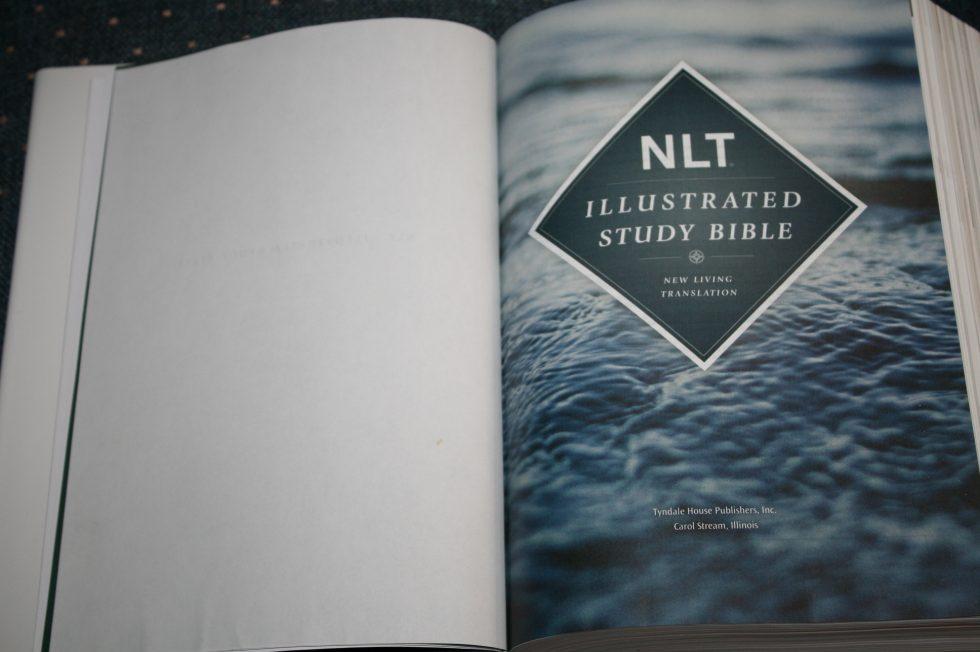 NLT Illustrated Study Bible (3)