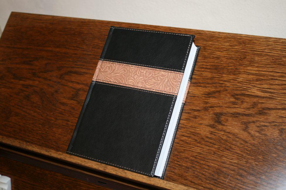 holman-kjv-readers-bible-11