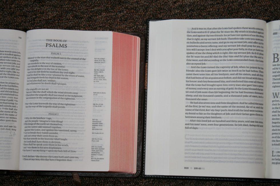 holman-kjv-readers-bible-44