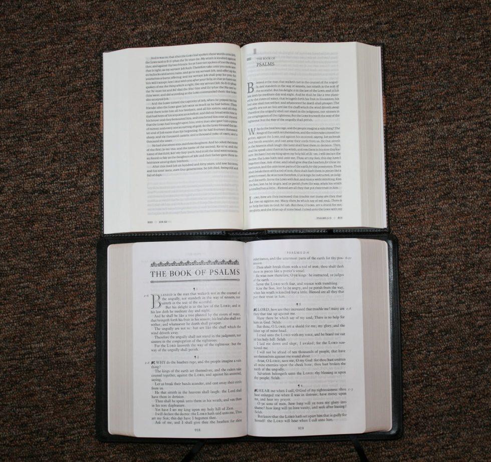 holman-kjv-readers-bible-52