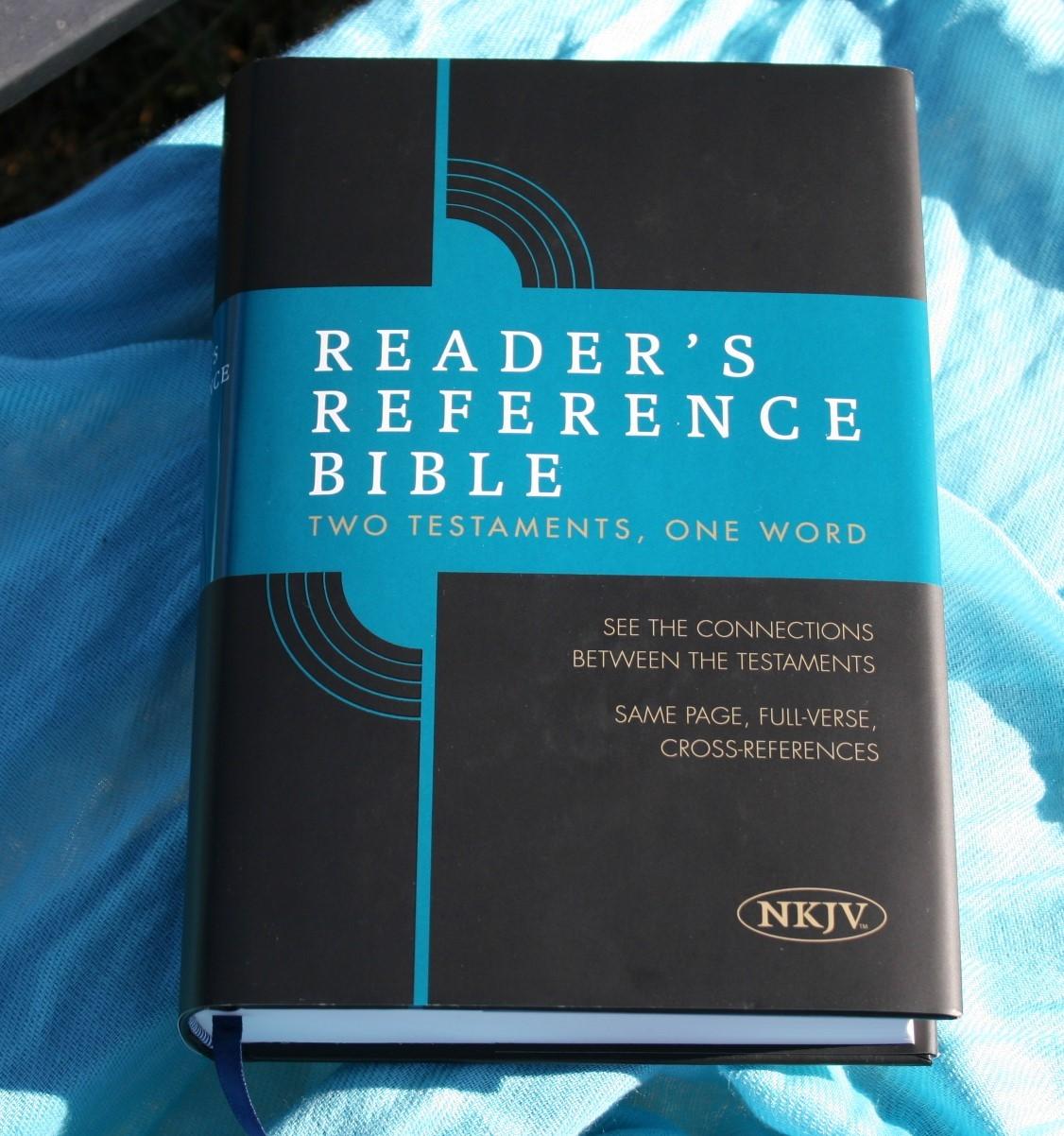 Bible Study Reference: Holman NKJV Reader's Reference Bible