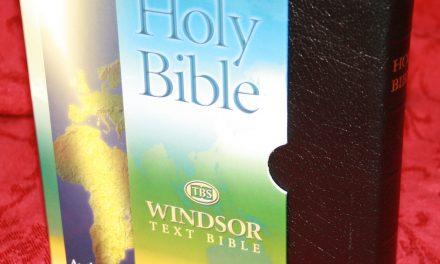 TBS Windsor Text Bible – Review