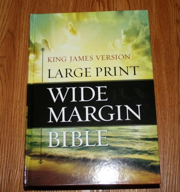 Hendrickson Large Print Wide Margin Bible KJV 001