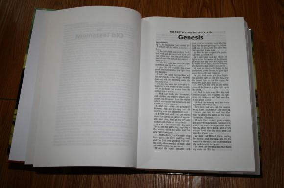 Hendrickson Large Print Wide Margin Bible KJV 002