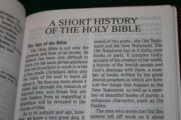 Holman Hand Size Giant Print Reference Bible KJV 050