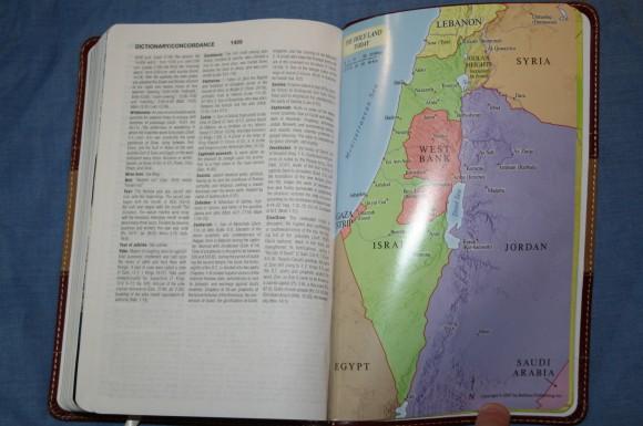 The KJV Study Bible Barbour Publishing 008