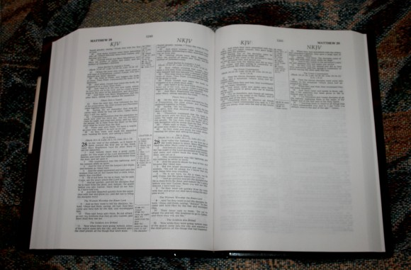 Thomas Nelson KJV NKJV Parallel Bible – Review 011