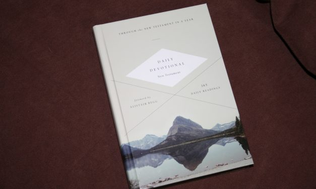 Crossway's ESV Daily Devotional New Testament – Review