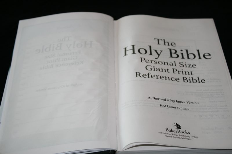 Baker's Personal Size Giant Print Reference Edition KJV (28)