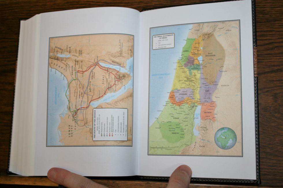 holman-kjv-readers-bible-30