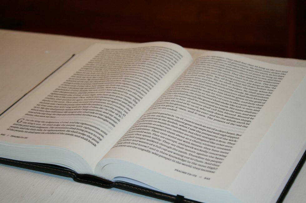 holman-kjv-readers-bible-76