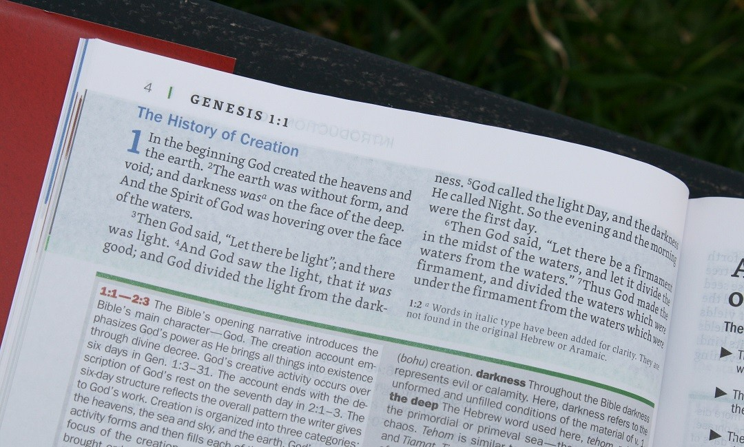 NKJV Faithlife Illustrated Study Bible Review - Bible Buying