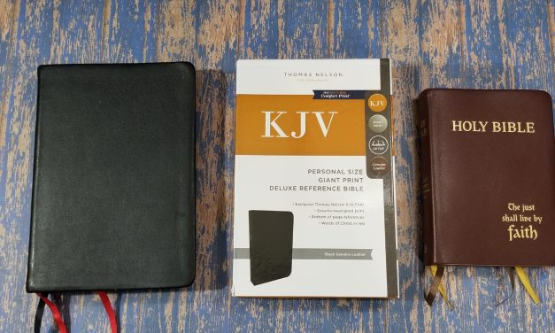 Ask Bible Buying Guide: Thomas Nelson Giant Print Personal Size KJV Deluxe vs Westminster