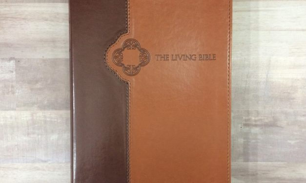 The Living Bible Large Print Review