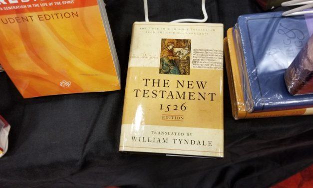 CPE Showfloor – Hendrickson Bibles
