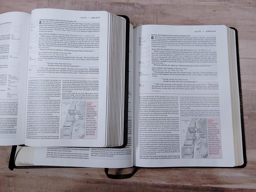 Personal & Regular Size NIV Life Application Study Bible Comparison Luke