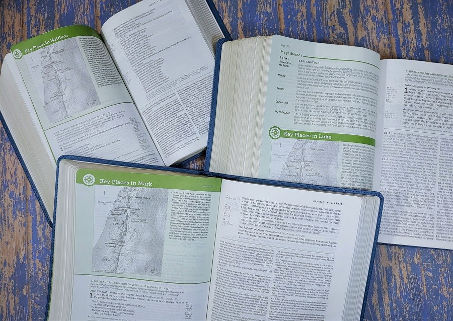 Life Application Study Bible all 3 Sizes