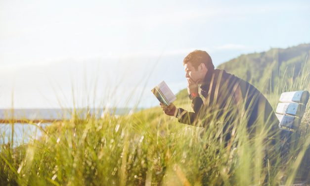 10 Benefits of Reading the Bible Daily