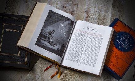 Cambridge KJV Family Chronicle Bible First Look